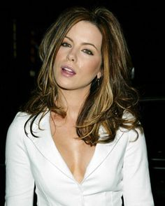I love Kate Beckinsale-  I think she's gorgeous!