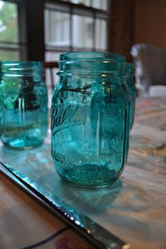 Don't Dare Blink: Tutorial: Tinting Mason Jars with Modge Podge
