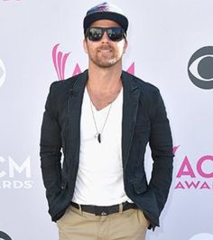 Kip Moore - ACM awards 2017, (also his 37th b-day)