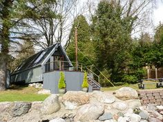 Dundonald Landing - Delightful studio-style chalet in secluded location overlooking Loch Etive near Benderloch village on Scotland's west coast. The Loch, Scotland Uk, Double Beds, Great View, Open Plan, Ground Floor, Great Places, Landing, Catering