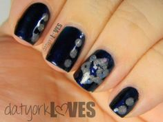 datyorkLOVES: Star of David Hanukkah Nails
