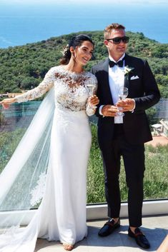 BRYLLUP I SORRENTO - Bryllupsglede Italian Weddings, Lace Wedding, Wedding Dresses, Sorrento, Instagram, Fashion, Bride Dresses, Moda, Bridal Wedding Dresses