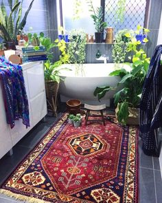 Our beautiful 'Jabir' persian rug, this hand loomed beauty is straight from Iran & is looking all sexy this fiiiiiiine Monday bathroom ideas bohemia Strategies On How To Fix Your Home's Interior - Helpful Home Decor Tips Boho Bathroom, Master Bathroom, Small Bathroom, Jungle Bathroom, Bathroom Plants, Bathroom Inspo, Bathroom Styling, Bathroom Sets, Eclectic Decor