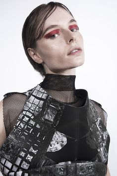 Neopren vest with fractal print by Fuenf fashion / Dark futuristic minimalistic style / black and white / collection ss2017 / Photograph: Spyros Droussiotis/ MUA: Sabina Pinsone/Model: Maria kn