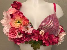 This pink blush flower bra is inspired by the Hawaiian sunset and is perfect for any festival or rave. Peach Flowers, Silk Flowers, Burlesque Outfit, Burlesque Clothing, Belly Dance Bra, Diy Bra, Flower Festival, Rhinestone Dress, Rave Outfits