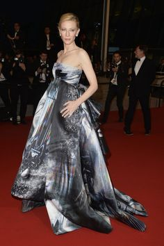 Pin for Later: The 50 Best Red Carpet Dresses of 2015 Cate Blanchett Cate Blanchett at the Cannes Film Festival.