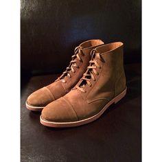 Suede cap toe boots with a Vibram Gumlite sole - Walk Over.