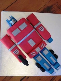 transformer cupcake cake   Chocolate Autobot Transformers Cake