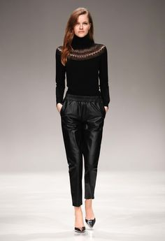 Try leather trousers and a turtle neck sweater in the same colour tone. Neutral colours and yet totally fashionable.