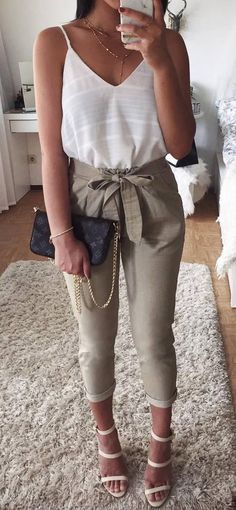 how to style a high waist nude pants / bag + v neck top + heels