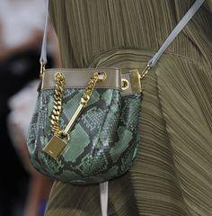 6 главных трендов в мире сумок сезона весна-лето 2014. Фото http://www.dress-code.com.ua/content/view/11594/46/
