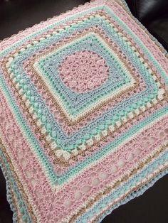 CAL 2015 kussen (met link naar gratis patroon) / cushion (with link to free pattern)