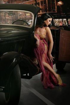 ! I love eclairs !: Haifa Wehbe ft. Zuhair Murad
