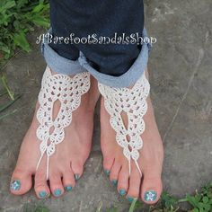 GRANNY SQUARE Barefoot Sandals Shoes Best Images Design Foot Jewelry Wedding, Wedding Sandals For Bride, Barefoot Wedding, Beach Foot Jewelry, Beach Wedding Shoes, Bridal Shoes, Feet Jewelry, Barefoot Beach, Beach Shoes