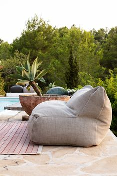 Outdoor Lounge, Outdoor Pouf, Outdoor Cushions, Outdoor Chairs, Outdoor Living, Outdoor Bean Bag Chair, Outdoor Pallet, Outdoor Pool Furniture, Garden Furniture