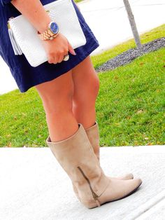 Transitioning a tunic to fall with a scarf and boots