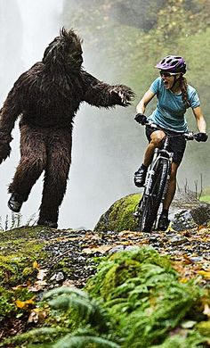 """a-n-t-l-e-r-s: """" Women's mountain bike racer Niki Gudex being chased by a sasquatch. A sasquatch with his running shoes on apparently. Mountain Biking, Bicycle Women, Bike Reviews, Cycling Bikes, Road Cycling, Extreme Sports, Tandem, Tricycle, Bike Life"""