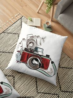 Retro Old School Vintage Camerman Pillow Design, Vintage Photography, Floor Pillows, Old School, Retro Vintage, Flooring, Artists, Unique, Vintage Style Photography
