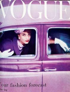 Vintage Vogue: Classic Fashion Photography - Lomography