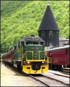 Lehigh Gorge Scenic Railway - 1 Susquehanna St, Jim Thorpe, Pa