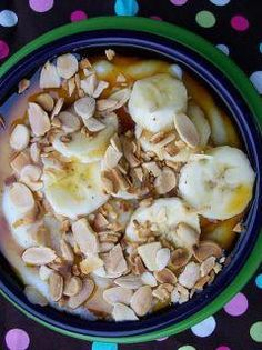 MAPLE BANANA HOT BOWL: (interesting twist)  1/4 of a banana   1/2 cups water   ½ cups Almond milk (or milk of choice)  pinch of salt   ... 2 Scoops Vi-Shape mix  1/4 cup cream of wheat (also known as farina)   1/8 cup maple syrup   1 teaspoon sliced almonds