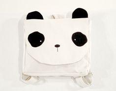 Mochila Panda Lona de algodón color crudo estampada con serigrafia en color negro.