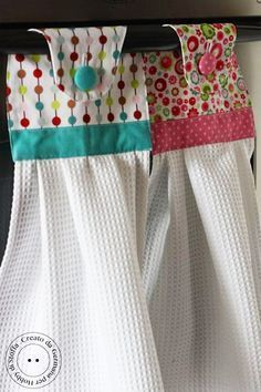 DIY Cute kitchen towels... what a fun gift to make a set that includes each holiday!