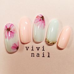 flower nail art http://hubz.info/53/crown-braids