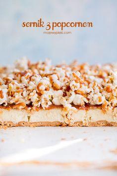 Sernik z popcornem