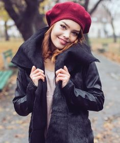 Mary je najlepšia herečka na svete💝💗 Winter Hats, Mary, Celebrities, Films, Outfits, Fashion, Movies, Clothes, Moda
