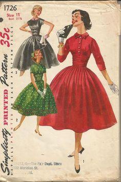 1950s Full Skirt Bouffant Skirt Midriff Cummerbund by kinseysue
