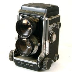 Hey, I found this really awesome Etsy listing at https://www.etsy.com/listing/170677301/vintage-camera-mamiya-c3-tlr-with-65mm