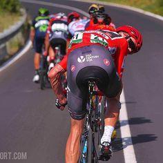 source instagram tdwsport No way back @chrisfroome @lavueltaaespana #stage6 #LV2017 #tourofspain #cycling @teamsky tdwsport 2017/08/25 16:34:09