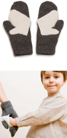 Hold My Hand Mittens. Adorable! Tutorial for something similar here http://www.u-createcrafts.com/2010/11/creative-guest-hold-my-hand-mittens-by.html