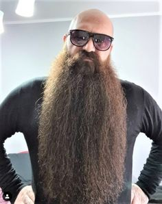 Shaved Head With Beard, Bald With Beard, Shaved Heads, Bald Men, Epic Beard, Beard Care, Bearded Men, Beards, Sunglasses
