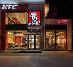 KFC restaurant concept by CBTE Architecture, Turkey Kfc Restaurant, Restaurant Design, Food Logo Design, Cafe Design, Kfc Canada, Jollibee, Retail Store Design, Restaurant Concept, Small Buildings