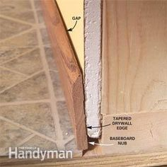 How to Install Baseboard Molding, Even on Crooked Walls - Step by Step: The Family Handyman Baseboard Molding, Floor Molding, Base Moulding, Wall Molding, Wainscoting, Crown Moldings, Woodworking Desk Plans, Woodworking Tools For Beginners, Antique Woodworking Tools