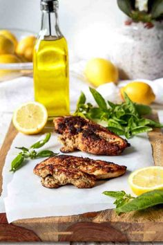 Lemon Basil Marinated Chicken Recipe - Want a perfectly done chicken for your guests? Lemon Basil Chicken is definitely the best choice. Plus, your guests will definitely love the tender, citrus bite! Find the complete recipe on how to make this dish, here.
