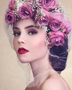 Roses in hair. Very gorgeous!