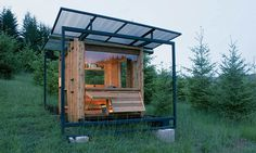 """18 INCREDIBLE SMALL GREEN HOMES Watershed House (© Gary Tarleton/""""Small Eco Houses""""/Universe) @ http://realestate.msn.com/slideshow.aspx?cp-documentid=28195566"""