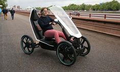bicycle-car - This bicycle-car hybrid could be the future of transportation in congested urban areas. The 'Schaeffler Bio-Hybrid' is a combination . Electric Tricycle, Electric Cars, Electric Cycles, Electric Vehicle, Electric Power, E Mobility, Solar Car, Reverse Trike, Cargo Bike