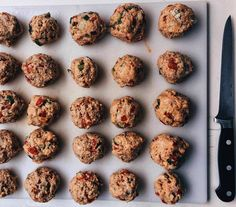 Vegan Soy 'meatballs' for our FoodTruck.  www.apequenacozinha.com