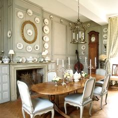 vintage dining room designs with modern Victorian dining set