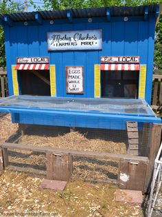 There are many options to consider when you want to build a chicken coop on your property. You might find a set of chicken coop plans that are just perfect. Chicken Coop Designs, Chicken Coop Decor, Easy Chicken Coop, Diy Chicken Coop Plans, Backyard Chicken Coops, Building A Chicken Coop, Chickens Backyard, Backyard Poultry, Chicken Ideas