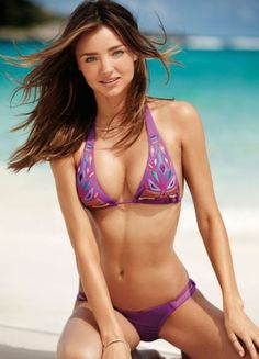 Miranda Kerr - Sexy in Bikini Bikini Sexy, Bikini Beach, Bikini Babes, Bikini Models, Bikini Girls, Miranda Kerr Bikini, Foto Top, Bollywood Bikini, Australian Models
