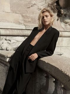 Anja Rubik Models ZARA Fall Winter Collection Looks You are in the right place about zara fa Anja Rubik, Lookbook Mode, Fashion Lookbook, All Black Looks, Fall Looks, Inspiration Photoshoot, Style Inspiration, Photography Women, Fashion Photography