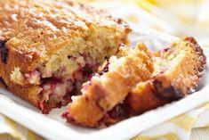 Szilvás-zabos kevert süti Cake Aux Fruits, Cornbread, Lasagna, French Toast, Low Carb, Breakfast, Sweet, Ethnic Recipes, Desserts