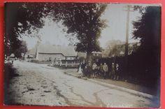 RP Postcard c.1920 BUSY STREET SCENE,SPARSHOLT,Nr WANTAGE,OXFORDSHIRE | eBay