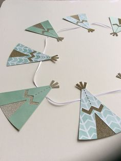 Teepee Banner for baby shower Diy Baby Shower Decorations, Birthday Decorations, Parties Decorations, Diy Decoration, Fiesta Baby Shower, Baby Shower Themes, Baby Boy Shower, Shower Ideas, Party Banner
