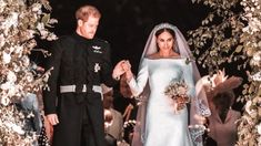 The wedding of Prince Harry and Meghan Markle was held on 19 May 2018 at Windsor Castle in the United Kingdom. The groom, Prince Harry, is a member of the Br. Princesa Real, Princesa Kate, Meghan Markle, Faire Part Chic, Harry Wedding, Prinz Harry, Prince Harry And Megan, Instagram Girls, Disney Instagram